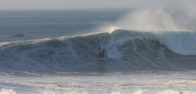 big sup tube wave hossegor