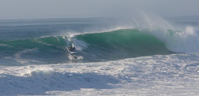 big sup big wave