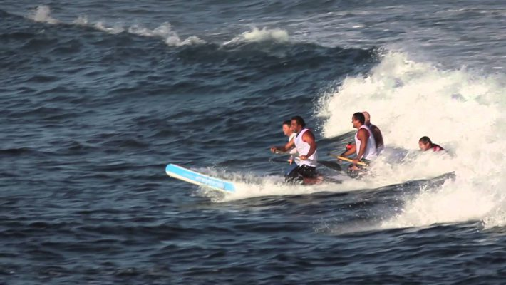 Dave Kalama and his friends try the Invader Board