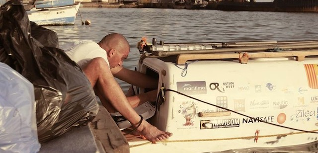 nicolas jarossay exploring his new paddle