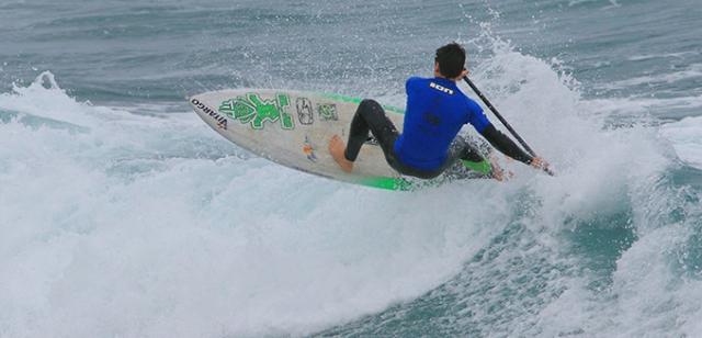 oihan azpuru sup surfing