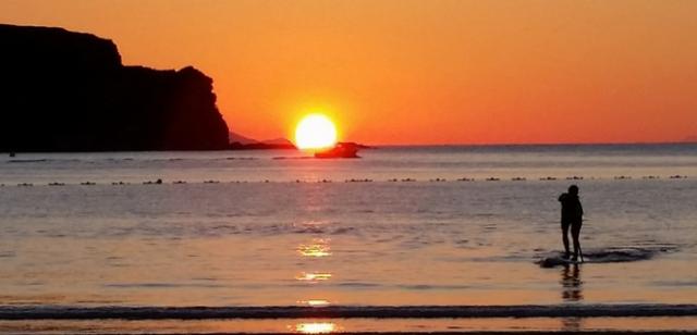 oihan aizpuru paddle sunset