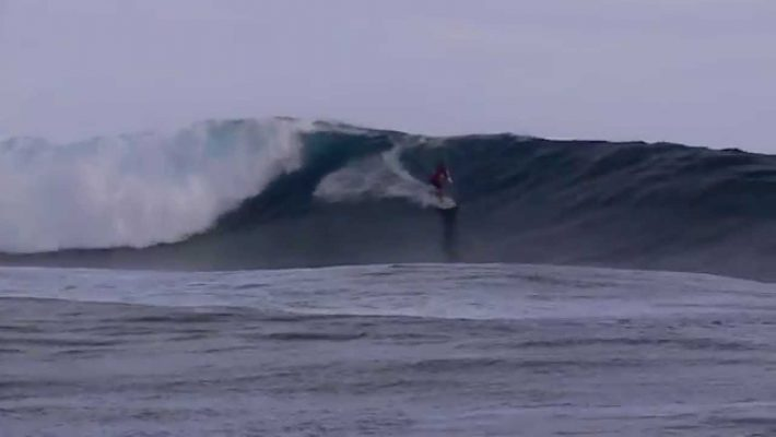 Zane Schweitzer wins the 2015 Sapinus Pro in Tahiti