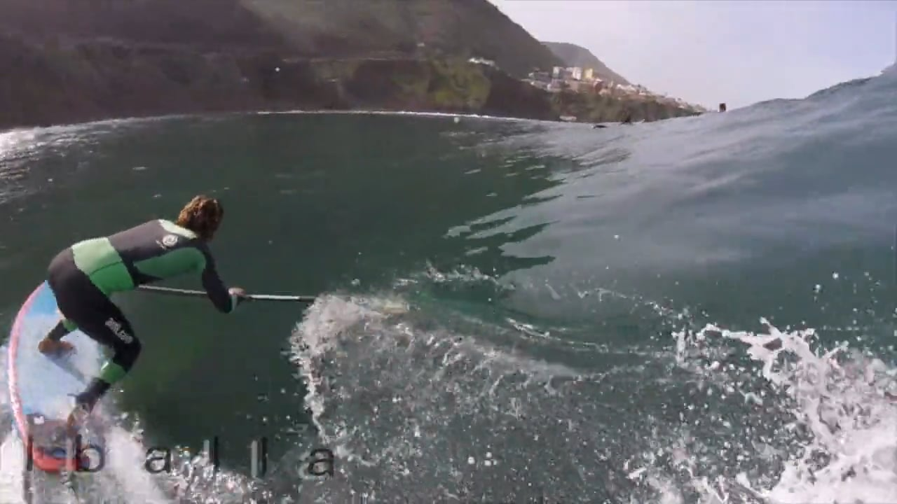 Iballa Moreno & Vilayta SUP surfing in the Canary Islands