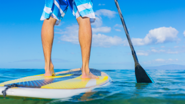 feet stand up paddle