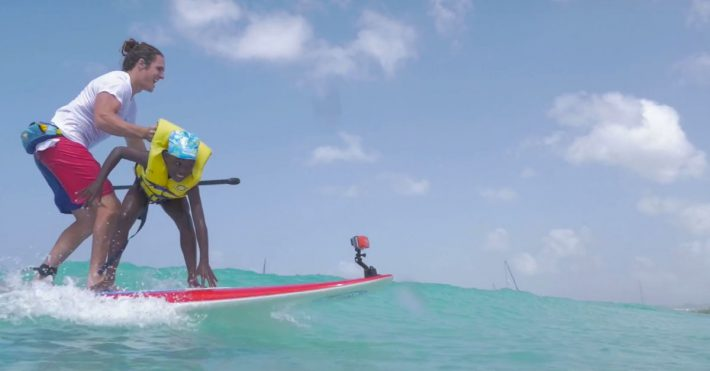 Teaching SUP to kids in Barbados