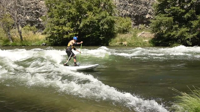 Whitewater SUP in Deschutes River, Oregon