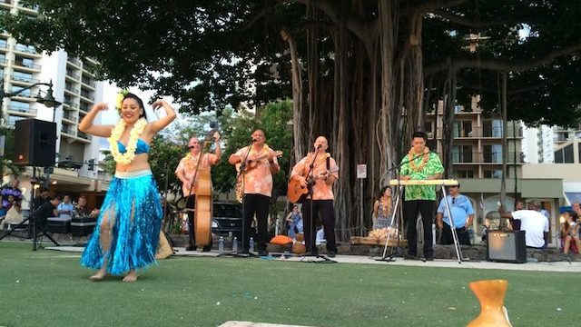 danse traditionnelle hawaienne