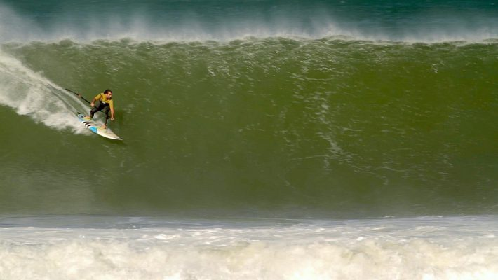 Stand Up Paddle Couch Surfing by Dogman
