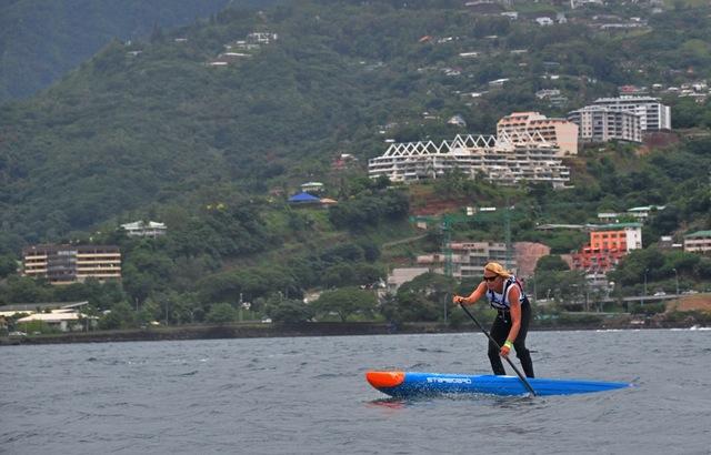Sonni Honscheid SUP Race à Tahiti