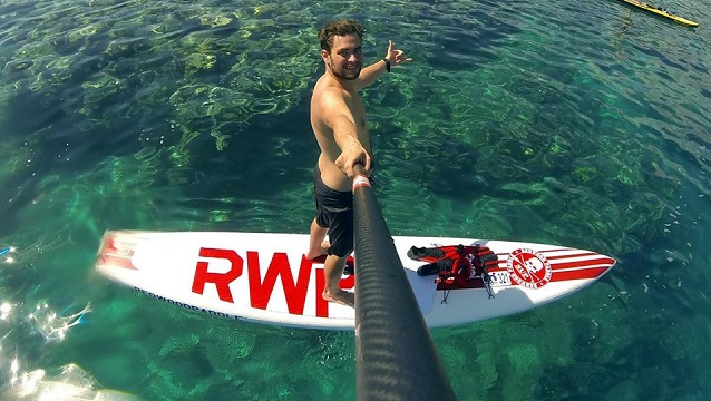 Adrien Heurtaux, SUP Surfing à Tahiti avec REDWOODPADDLE !