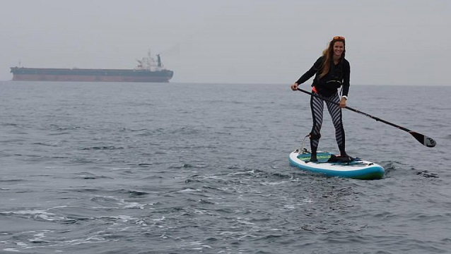 Lizzie Carr: First Solo Woman to SUP Across the English Channel Raises Environmental Awareness