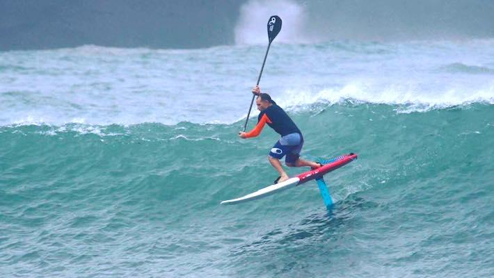 Takuma Concept à Tahiti: le SUP Foil, Nouvelle Passion de Julien Sudrat, ex-Champion du Monde de Kite