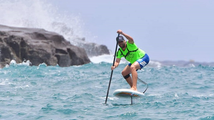 BIC Paddler Eric Terrien Recounts his Foil Race in the Molokai 2 Oahu