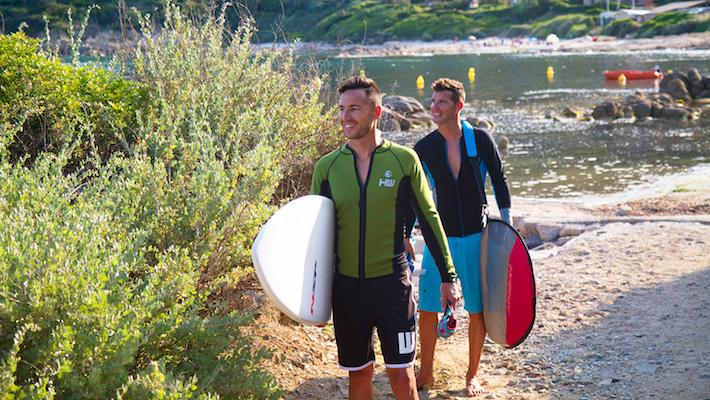 Vêtements techniques Howzit : comment bien s'équiper pour continuer à pratiquer le Stand Up Paddle en automne ?
