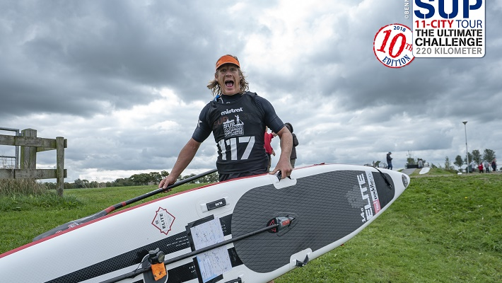 Duncan Slater Charging Ahead on the Red Paddle Elite!