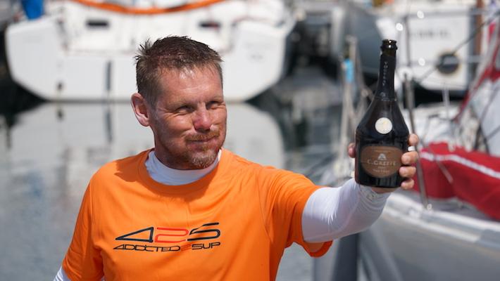 Erwan le Léannec a réussi son défi : l'Enez Raid Paddle ou 170 kms en Prone Paddleboard à travers le Finistère