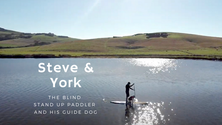 The Blind Stand Up Paddler and His Dog : meet Steve and York