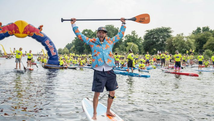 350 Viking Paddlers Celebrated Midsummer in Copenhagen and Paddled 10.000 km for Team Spirit and Charity